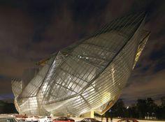#frankgehry #louisvuitton #light #wood #architecture #design