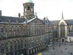 Koninklijk Paleis and Nieuwe Kerk, Dam Square - Photo © Steve Montgomery/Flickr (CC BY-SA)