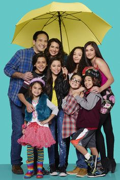 Really great news from Disney Channel today (January 15, 2016) about the preview of their comedy series Stuck in the Middle! Get ready to watch this new sho