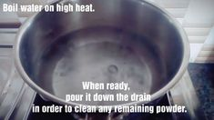 If you are looking for an all natural DIY recipe to clean your clogged drain, try this easy salt and vinegar drain cleaner! House Cleaning Checklist, Diy Home Cleaning, Homemade Cleaning Products, Household Cleaning Tips, Cleaning Recipes, Bathroom Cleaning, Cleaning Hacks, Natural Drain Cleaner, Homemade Drain Cleaner