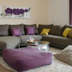 wohnzimmer mit lila akzenten wohnideen living ideas. Black Bedroom Furniture Sets. Home Design Ideas