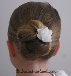 12+ Pretty & Easy School Hairstyles Girls – The Organised Housewife