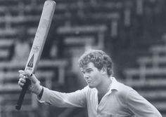 New Zealand cricket legend Martin Crowe has died Martin Crowe, Herald News, Test Cricket, New Zealand, Champion, Hero, Sports, Hs Sports, Sport