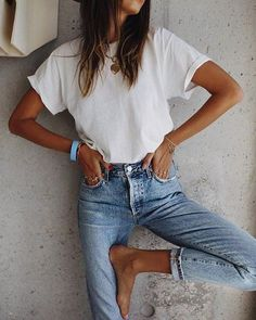 Looks Street Style, Looks Style, Mode Outfits, Fashion Outfits, Womens Fashion, Denim Outfits, Denim Ootd, Basic Outfits, T Shirt Fashion