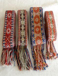 Eesti Rahvarõivad > Rahvarõivad Inkle Weaving Patterns, Loom Weaving, Loom Patterns, Weaving Projects, Crochet Projects, Inkle Loom, Card Weaving, Crochet Diagram, Tear