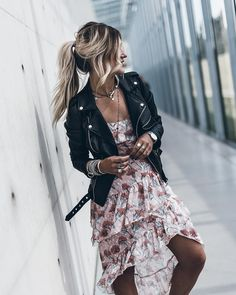 2019 Casual Fashion Trends For Women - Fashion Trends Mode Outfits, Trendy Outfits, Fashion Outfits, Womens Fashion, Fashion Trends, Rock Chic Outfits, Fashion Styles, Trending Fashion, Fashion Ideas