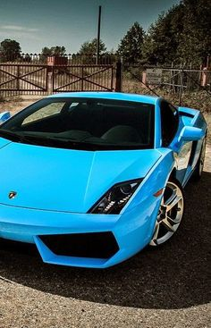 Lamborghini Gallardo https://www.amazon.co.uk/Baby-Car-Mirror-Shatterproof-Installation/dp/B06XHG6SSY/ref=sr_1_2?ie=UTF8&qid=1499074433&sr=8-2&keywords=Kingseye