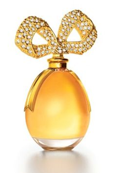 Google Image Result for http://images.totalbeauty.com/content/photos/celeb-perfumes-worst-white-diamonds-01.jpg