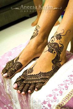 Bridal Mehindi...Local Artist- Aneesa Karim