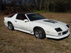 1987 Iroc Z...I had one just like this.  5.7 L engine...scary fast!