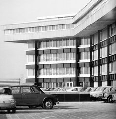 the cosmic inspiro-cloud Palazzo, Big Houses, Installation Art, Modern Architecture, Facade, Alfa Romeo, Multi Story Building, Mid Century, Scene