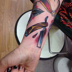 Andrew Lindenboom @andrew_tattooer