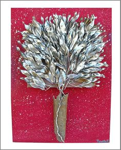 Frame with silver leaves on painted wood! www.facebook.com/pinelokallitexnimata Painted Wood, Painting On Wood, How To Dry Basil, Herbs, Leaves, Facebook, Create, Silver, Art
