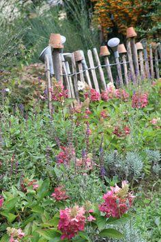 Inspirational Herzst ck Herbsteinzug in Scheune und Garten Hortensien Staketenzaun