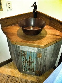 Barn wood bathroom vanity - I like the door on this. would be cute just as a wall hanging.