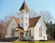 Glenn United Methodist, Michigan, US Michigan Usa, Stained Glass Windows, Wedding Stuff, Mansions, House Styles, Building, Sweet, Summer, Home