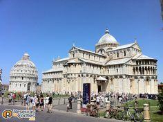 Catedral de Pisa, Pisa. Italia  #Pisa #CatedraldePisa #Italia #turismo #catedrales #viajes Recorre Italia alquilando un coche en el Aeropuerto de Pisa http://www.reservasdecoches.com/es/alquiler-de-coches/Aeropuerto_de_Pisa.html