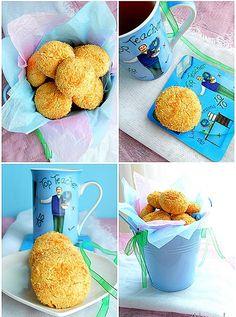 Αξίζουν της προσοχή σας!!! Υλικά 125 γρ. βούτυρο σε θερμοκρασία δωματίου 1/2 κούπας άχνη ζάχαρη 1 κρόκο αβγού 1 1/2 κούπας αλεύρι 2 βανί...