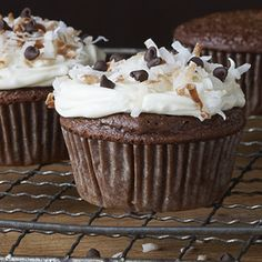 Creamy German Chocolate Cupcakes: Whip up this easy to bake German Chocolate Cupcake recipe and indulge the creamy goodness! Guaranteed to be a family favorite.