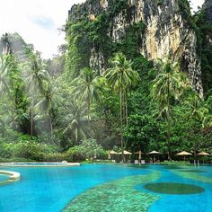 Theres a pool. And then theres this. Thai beauty at the #Rayavadee resort in #Krabi. // Travel Well #TravelFly! / #TravelFlyHotels