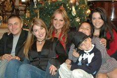 Jenni And Her Children. Jenni Rivera, Rivera Family, Mexican American, Angelina Jolie, Diva, Singer, Memories, Couple Photos, Children