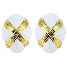 David Webb White Enamel Gold Clip Earrings | 1stdibs.com 10000$