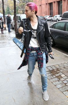 LIVING FOR THIS OUTFIT ON HIM • Jared Leto