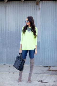 Perfect casual outfit. Love the neon! | Pink Peonies
