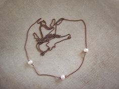 Pearls and Brown tone chain necklace. White by MADAMBLUEONE, €10.00