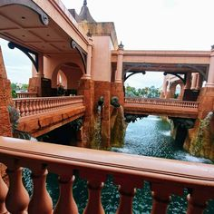 Discover the best things to do in Atlantis, Bahamas! From the thrilling waterpark to the relaxing spa, there is no shortage of amazing activities on Paradise Island. Bahamas All Inclusive, Bahamas Resorts, Bahamas Honeymoon, Bahamas Vacation, Best Resorts, Vacation Trips, Vacations, Atlantis Resort Bahamas, Nassau Bahamas
