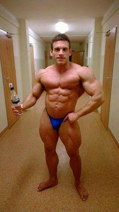 Party bodybuilder