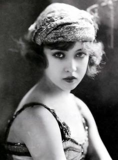 Doris eaton, the last surviving Ziegfeld Girl. She died in 1997 at the age of 103.