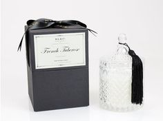 DL&Co. make some of the finest candles.  This boudoir classic is timeless & decadent. 80hrs of burn time.