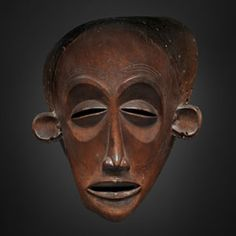 TCHOKWE MASK Angola Wood red brown patina Provenance: Private Portuguese Collection