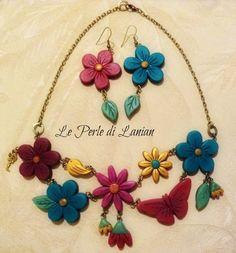 """collana e orecchini in pasta polimerica. fanno parte della collezione """"Il giardino segreto di Lanian"""""""
