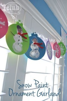 Snow Paint Ornament Garland #Christmas