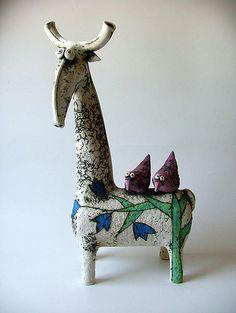 Inna Olshansky, Israeli sculptor,ceramic artist, painter Paper Mache Sculpture, Pottery Sculpture, Bird Sculpture, Animal Sculptures, Ceramic Sculptures, Pottery Animals, Ceramic Animals, Ceramic Figures, Ceramic Artists