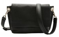 !!!Schultertasche schwarz Leder Liebeskind Quince Messenger S Messenger Bag, Bags, Fashion, Simple Elegance, Black Leather, Sachets, Silver, Handbags, Moda