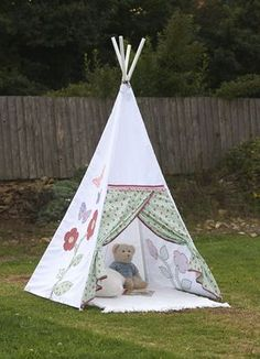 How to make a child's teepee tipi wigwam play tent - includes tutorial and free pattern