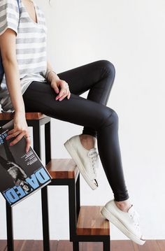 #다홍 #레깅스 #유니크 #가죽 #가죽레깅스 #dahong #leggings #unique #leatherleggings #leather