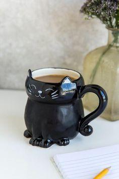 Aww a little black cat mug! How cute?! #ad #adorable #giftideas #blackcat #halloween #october #fall #november