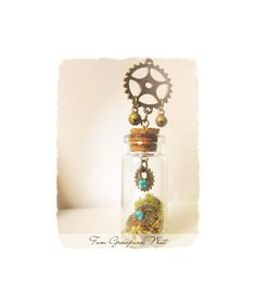 Sale 10% Greenpunk nest Necklace Steampunk necklace por FamDdaear