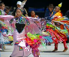 Gathering of Nations Pow Wow | Evangeline Art Photography