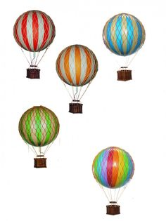 Hanging Mobile Gallery - Floating the Skies Hot-Air Balloon, $21.00 (http://www.hangingmobilegallery.com/floating-the-skies-hot-air-balloon/)