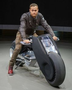 Iron & Air BMW Motorrad unveiled its Vision Next 100 concept this mornin. Concept Motorcycles, Custom Motorcycles, Custom Bikes, Futuristic Motorcycle, Motorcycle Bike, Wealthy Lifestyle, Motorbike Design, Concept Cars, Dream Cars