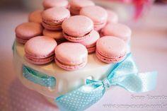 Festa azul Tiffany e rosa   Macetes de Mãe Festa Party, Mini Cupcakes, Desserts, Tiffany Blue Party, 15 Years, Fiestas, Cute, Tailgate Desserts, Deserts