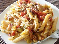 The Royal Cook: BLT Penne Pasta (Bacon, Leek, Tomato)