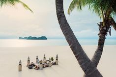 Langkawi, a natural paradise of pale sand lapped by an emerald sea... Picnic, anyone?
