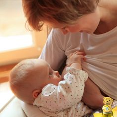 https://03fd8d0f1d733011aeeb-34156a84c2db8f13634b3a5654a3c733.ssl.cf6.rackcdn.com/resource/_1000-days/4c75f_baby_breastfeedisbest_1000days.png
