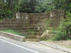 Clackamas Landscape Supply in Oregon City offers Western Interlock concrete pavers , paving stone and wall blocks Paver Blocks, Oregon City, Concrete Pavers, Landscaping Supplies, Paving Stones, Raised Beds, Planters, Sidewalk, Patio